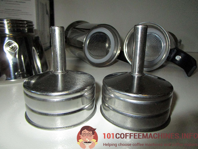 identical funnels and gaskets of Bialetti Venus and Cheap Chinese moka pot