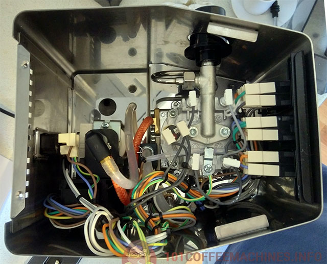 """""""Under the hood"""". Internals of the Gaggia Classic Pro = New Classic 2019"""
